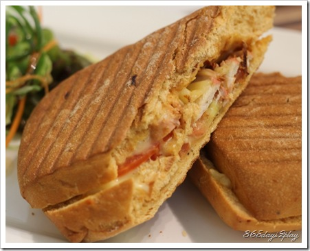 Room -Tandoori Chicken grilled panini
