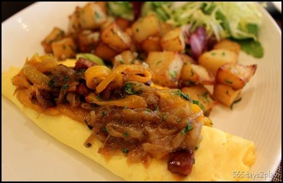 db Bistro Moderne Omelette Espagnole (2)