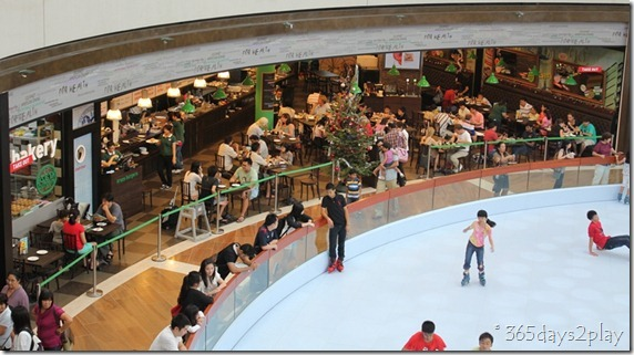 Marina Bay Sands Mall Skating Rink (1)