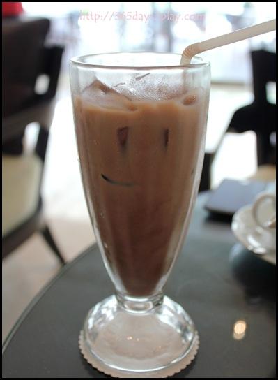 L'Espresso - Iced Chocolate