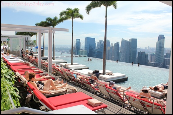 Marina Bay Sands Infinity Pool (2)
