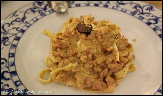 Pietra Santa - Tuscan Spaghetti with Sausage and Truffle