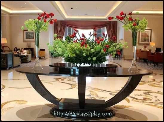 St Regis Hotel - Lovely centrepiece