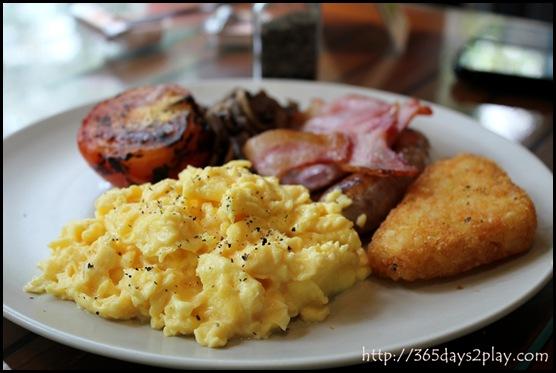 Casa Verde - Gourmet Breakfast with Scrambled Eggs
