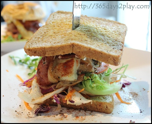 Soho7 - Chicken Bacon Swiss Cheese n Avocado Burger (2)