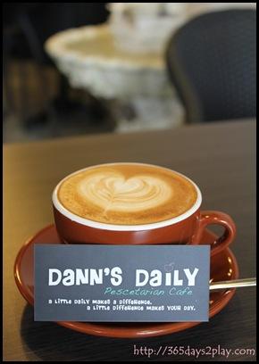 Dann's Pescetarian Cafe - Cafe Latte
