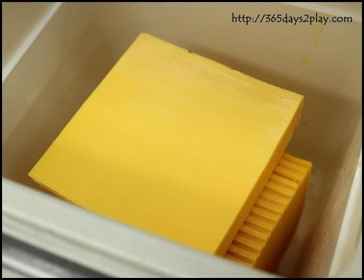 McDonald's - Cheese glorious cheese