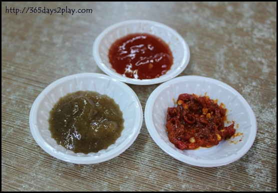 Adobo - Chilli and dips