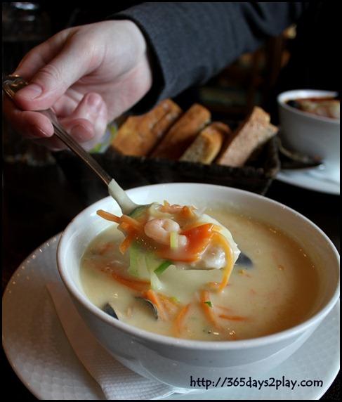 Bryggeloftet - Norwegian Fish Soup (1)