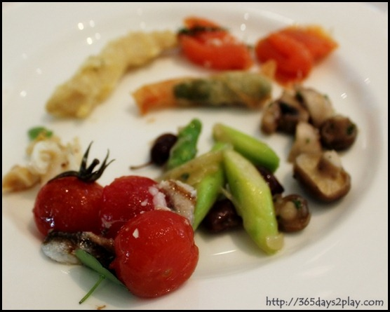 Au Jardin - Appetiser selections from the buffet