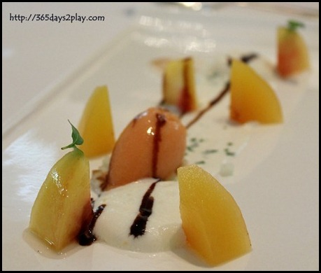 Au Jardin - Poached peach with fromage cream and tomato sorbet