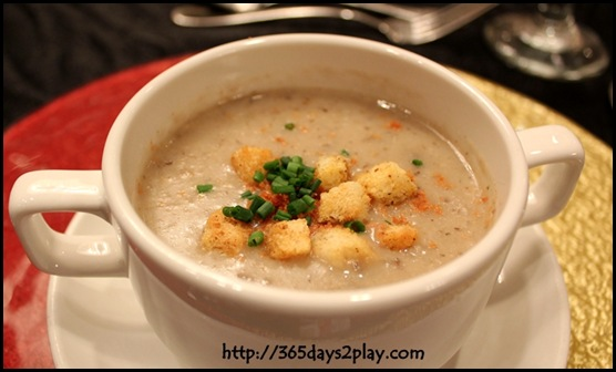 Rendezvous Hotel - Cream of wild mushroom soup topped with crispy turkey bacon