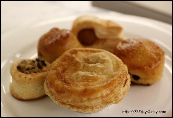 Rendezvous Hotel Palong Bar - Pastries