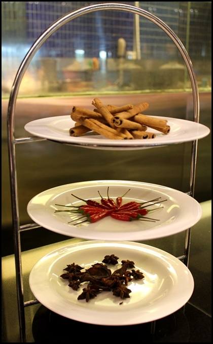 Crowne Plaza Changi Airport Azur Restaurant - Spice Rack