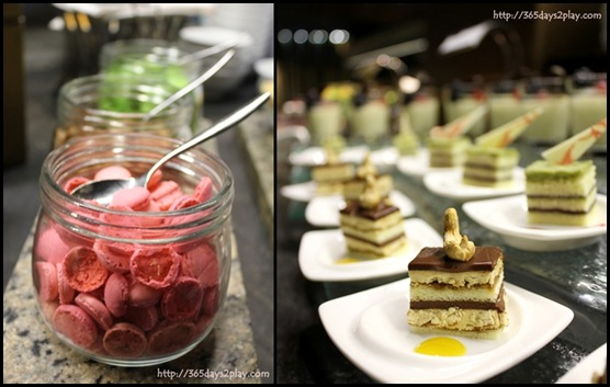 Crowne Plaza Changi Airport Dessert Line