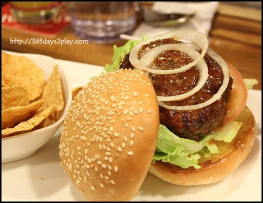 Charly T - CT's Beef Burger