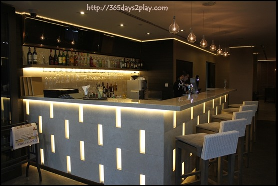 Grand Mercure Roxy Breez Bistro Bar