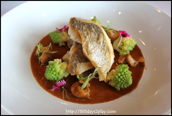 Il Lido - Wild Snapper with Prawns and Romanesco (2)