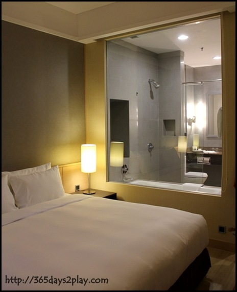 Mercure Roxy - Deluxe Room (3)