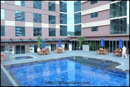 Mercure Roxy - Swimming Pool