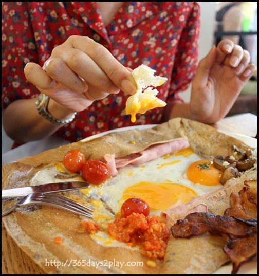 Mooshi Bakes - Le Royale (Honey baked ham, mushrooms, soft egg, parmesan, cherry tomatoes on organic buckwheat pancake) $21 (3)