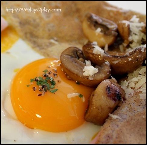 Mooshi Bakes - Le Royale (Honey baked ham, mushrooms, soft egg, parmesan, cherry tomatoes on organic buckwheat pancake) $21 (2)