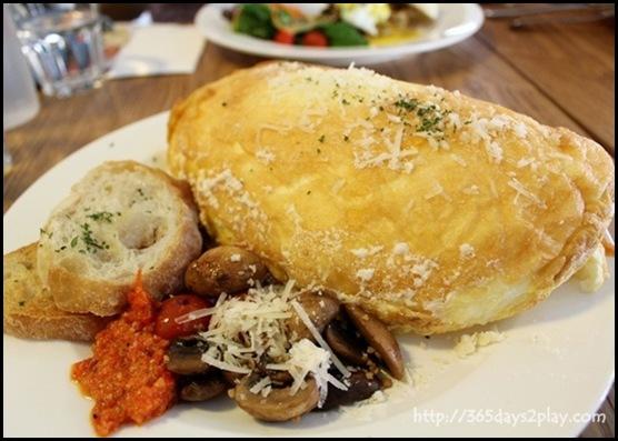 Mooshi Bakes - Souffle Omelette $18 (3)