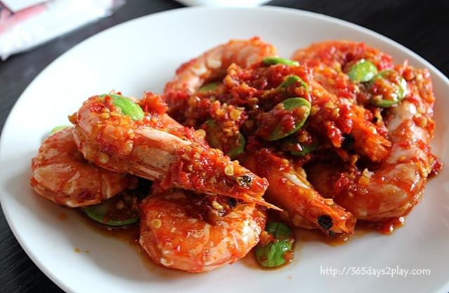 singapore chili prawns sambal prawns singapore chilli prawns singapore ...