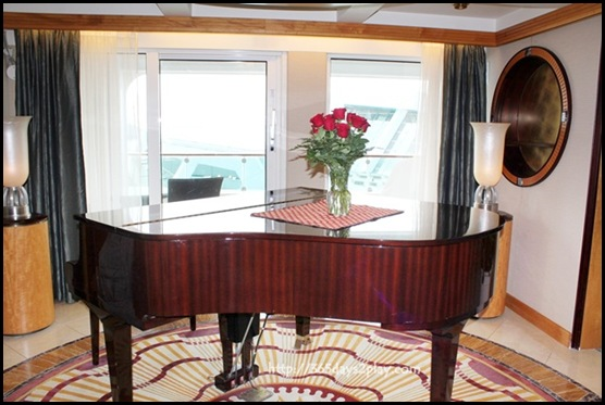 Voyager of the Seas Presidential Suite (2)