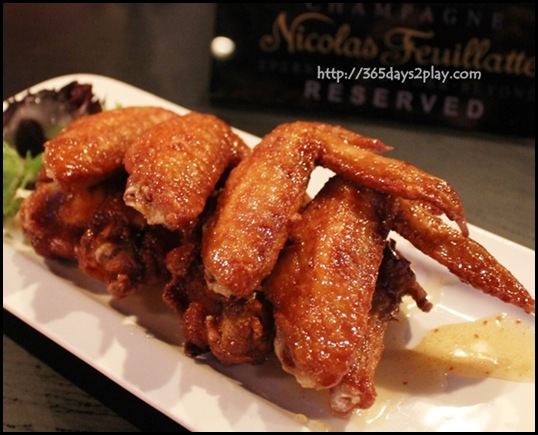 Beer Market - Spicy Buffalo or Honey Glazed BBQ Wings $10 (4)