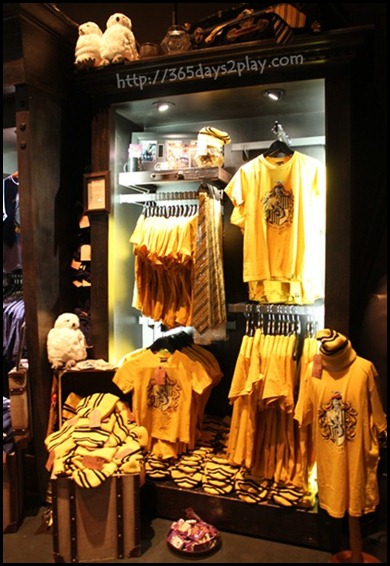 Harry Potter The Exhibition - Souvenir Shop (6)