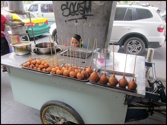 Bangkok Roadside Food Stalls (10)
