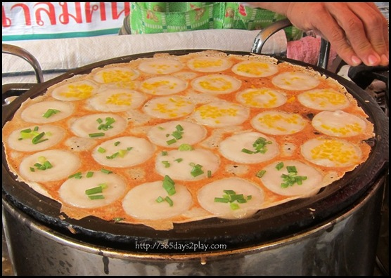 Bangkok Roadside Food Stalls (12)