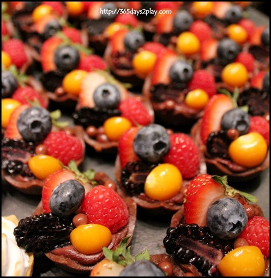 Mixed Fruit Mini Tarts (2)