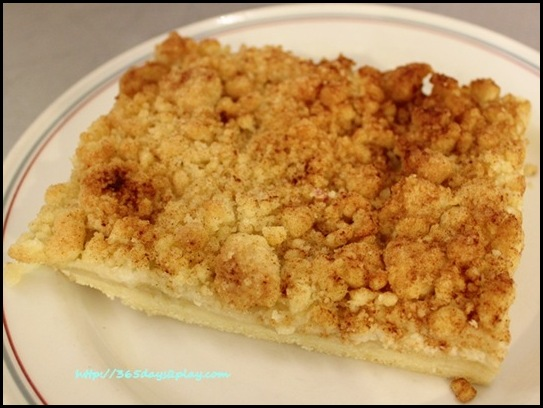 Tiong Bahru Bakery - Apple Crumble