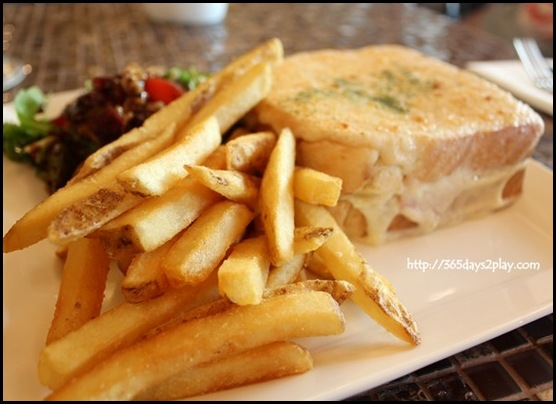Au chocolat - Croque Monsieur $16 - Sliced ham & aged gruyere cheese between 2 slices of crusty bread, coated with creamy bechamel grilled (2)