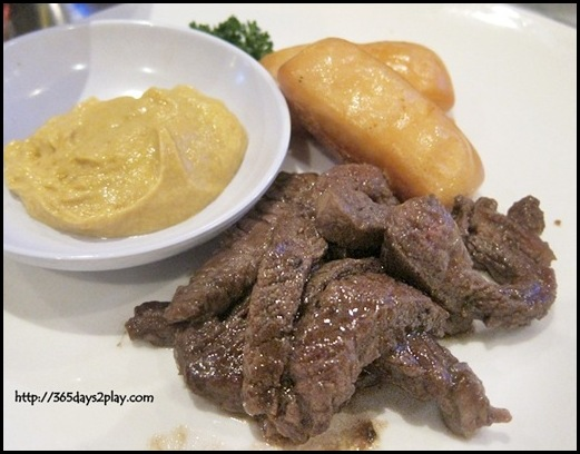New Orleans Barbecue Restaurant - Grilled Beef Tips with Mustard Sauce and Man Tou RM20