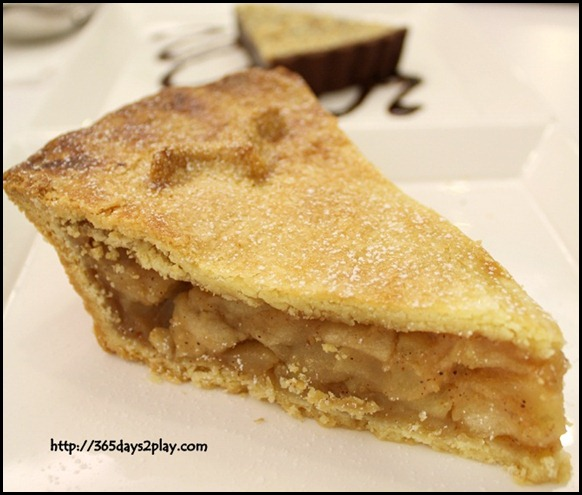 Pies and Coffee - Dennis Apple Pie$7.95  (2)