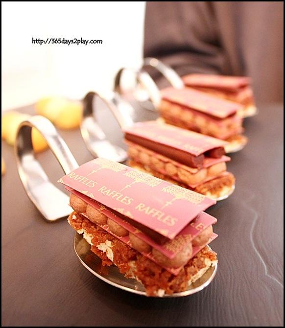 Raffles Hotel Chocolate Pastry (2)