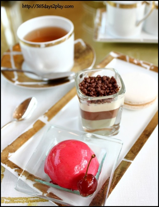 Ritz Carlton Chihuly Lounge Winter Afternoon Tea - (35)