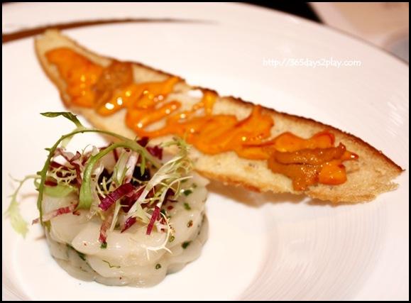 St Regis Brasserie Les Saveurs - Hokkaido Scallop tartare, caviar, sea urchin, rouille toast (2)