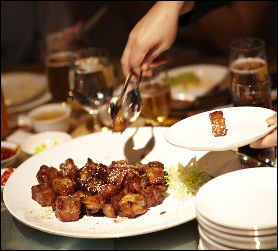 Four Seasons Hotel Wedding - Wok-fried Spare Ribs with Champagne Sauce