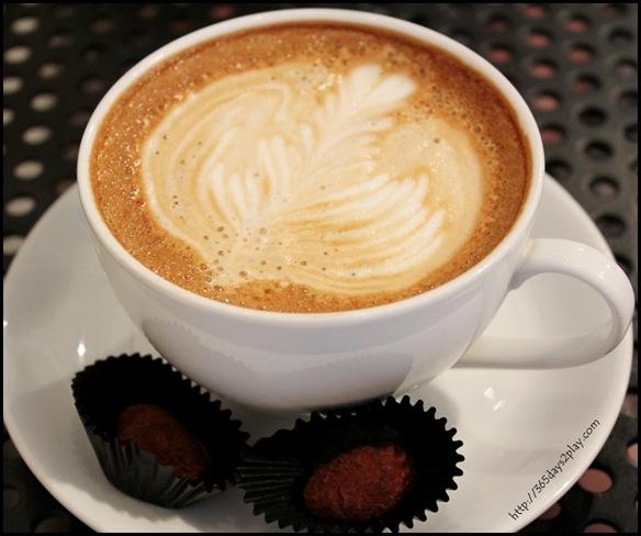 The Orange Thimble - Cafe Latte