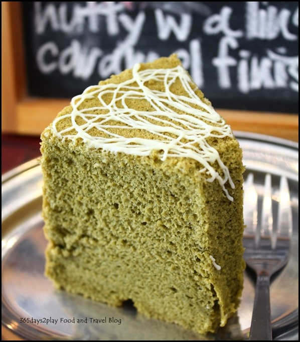 Penny University - Matcha Green Tea Chiffon Cake (3)