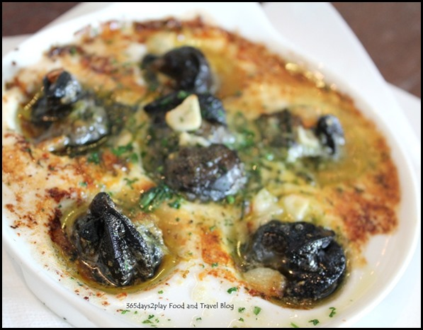 Sunray Cafe - Oven Baked EScargots in garlic butter sauce $8 (2)