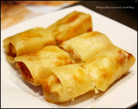 Tim Ho Wan - Deep Fried Bean Curd Skin Roll with Shrimp