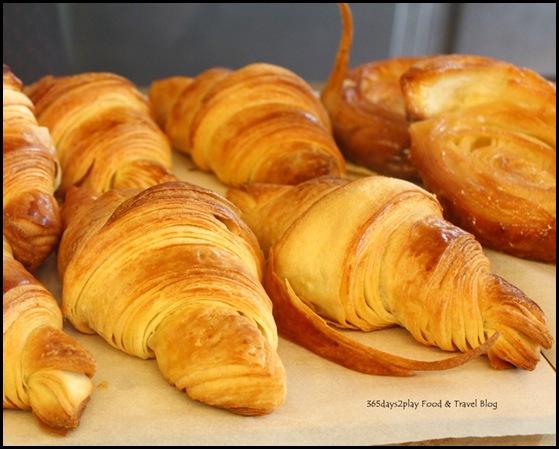 Kiasu Expresso Plain Croissant