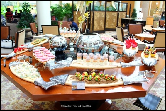 Ritz Carlton Afternoon Tea - (38)m