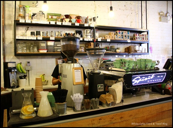 Smitten Coffee and Tea Bar (12)