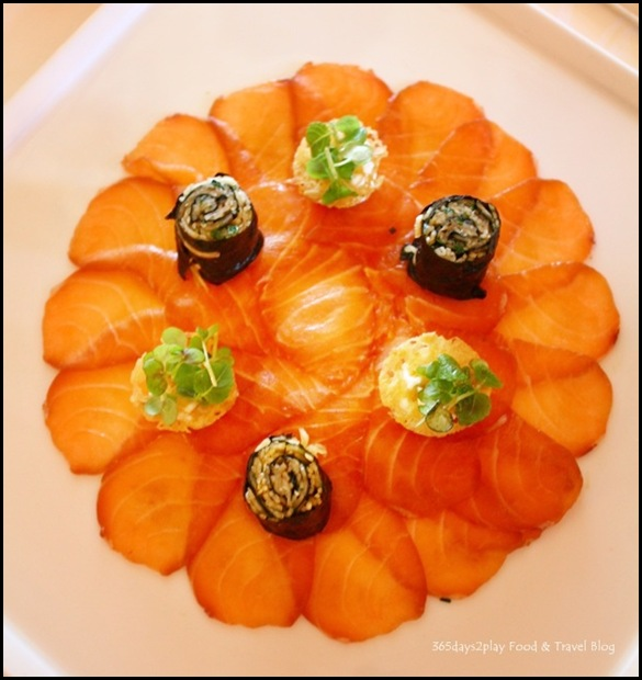 Chateau D'Isenbourg Les Tommeries Restaurant - Salmon marinated in soy and sesame, crisp white cabbage wasabi cream 22 Euros